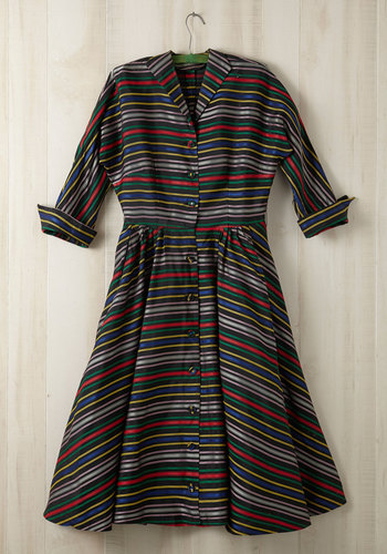 Vintage Hype the Stripe Dress in Plus Size