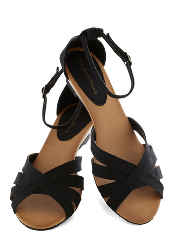 Gondola with the Wind Sandal in Black - Black, Beach/Resort, Summer, Wedge, Low