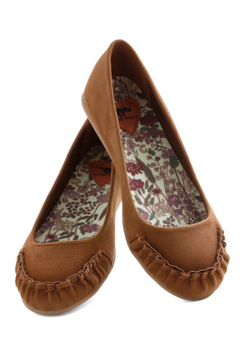 Sierra Spirit Flat - Tan, Solid, Pleats, Flat, Good, Casual, Boho, Fall