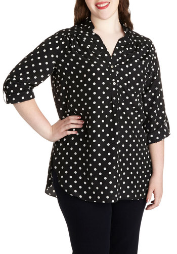 Pam Breeze-ly Tunic in Black Dots - Plus Size - Black, White, Polka Dots, Buttons, Pockets, Work, Casual, Button Down, 3/4 Sleeve, Variation, Collared, Basic, Exclusives