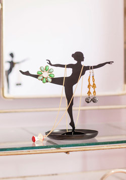 Look Your Arabesque Jewelry Stand