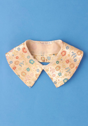 Vintage Yearbook Smile Collar