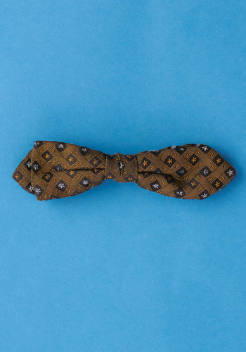 Vintage Lab Reporter Bow Tie