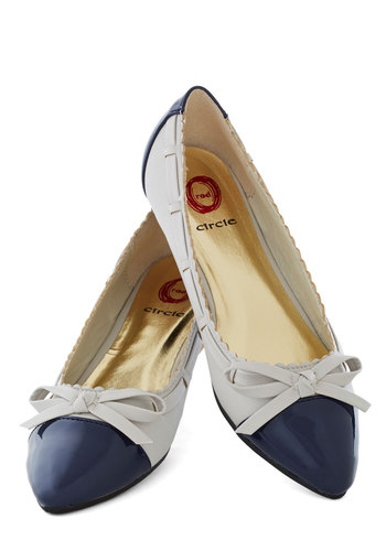 Dip of the Toes Flat - Grey, Blue, Bows, Scallops, Colorblocking, Flat, Good, Solid, Work, Nautical, Faux Leather