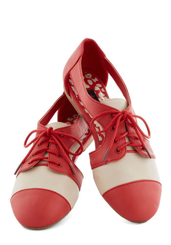 Poppy in Your Step Flat - Red, Tan / Cream, Cutout, Colorblocking, Flat, Good, Lace Up, Casual, Menswear Inspired, Vintage Inspired, Faux Leather
