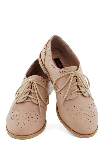 Trips of the Trade Flat in Rose Quartz - Tan, Menswear Inspired, Flat, Good, Lace Up