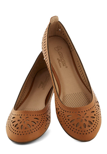 Haute of Doors Flat in Clay - Tan, Solid, Cutout, Casual, Flat, Good, Faux Leather, Boho, Variation