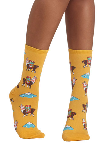 Alpaca for Vacation Socks - Yellow, Multi, Print with Animals, Good, Knit, Novelty Print, Casual
