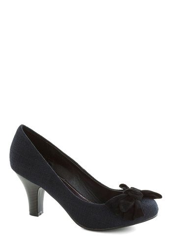 Fearless Leader Heel - Black, Solid, Bows, Work, Mid, Good, Woven, Top Rated