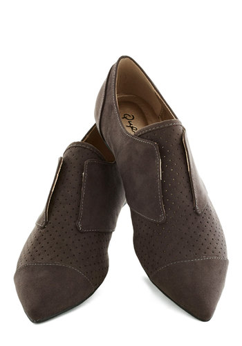 Maven of the Monologue Flat - Grey, Solid, Menswear Inspired, Flat, Good, Casual, Faux Leather