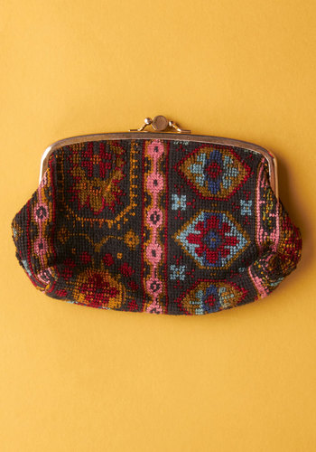Vintage Leave Your Market Clutch