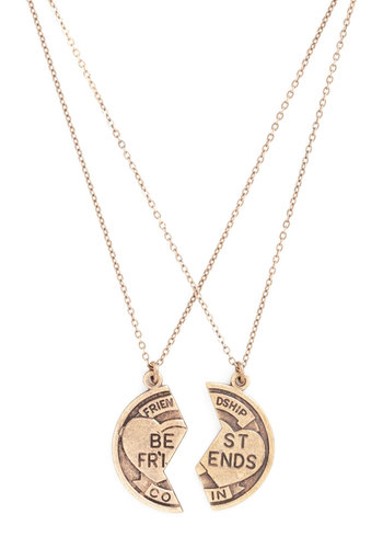 Best-Dressed Friends Necklace Set by Ornamental Things - Gold, Solid, Better, Scholastic/Collegiate, Gold