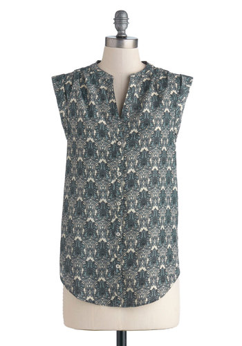 Dashing Doodles Top - Blue, Buttons, Sleeveless, Good, Mid-length, Satin, Woven, Tan / Cream, Print, Work, Casual, Button Down, Blue, Sleeveless