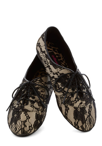 Lace Night Dining Flat in Noir - Black, Lace, Flat, Good, Lace Up, Tan / Cream