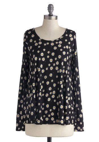 Yester-daisy Top - Black, Yellow, White, Floral, Long Sleeve, Good, Knit, Mid-length, Black, Long Sleeve