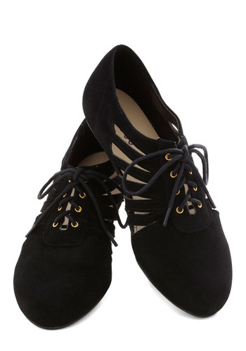 Start a Conversation Flat - Black, Solid, Cutout, Flat, Lace Up, Good, Casual