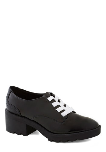 Show Them Who's Gloss Heel - Black, Menswear Inspired, Lace Up, Better, White, Mid, Solid, Faux Leather, Chunky heel