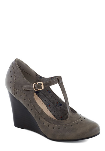 Pie Contest Wedge in Charcoal - Mid, Leather, Grey, Work, Vintage Inspired, Fall, T-Strap