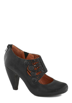 Breathe Prestige Heel in Black