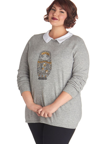 Doll in Favor Sweater in Plus Size - Knit, Grey, Gold, Novelty Print, Beads, Casual, Long Sleeve, Grey, Long Sleeve, Plus