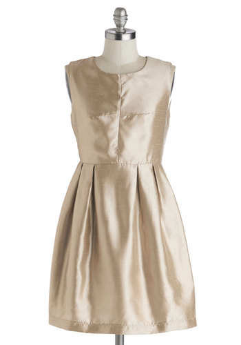 A Sparkling Evening Dress - Short, Woven, Gold, Solid, Pockets, Holiday Party, A-line, Sleeveless, Good, Scoop, Cocktail, Bridesmaid, Luxe, Prom, Party