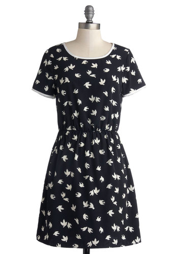Sparrow Lane Dress - Blue, Print with Animals, Casual, Short Sleeves, Mid-length, Woven, Better, White, A-line, Scoop