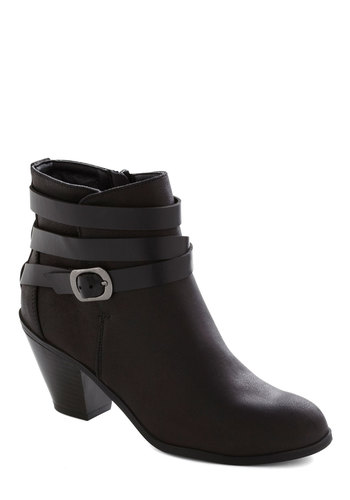 Montreal or Nothing Bootie - Black, Solid, Buckles, Urban, Steampunk, Mid, Better