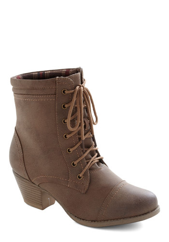 Plain to Spree Boot - Mid, Brown, Solid, Casual, Fall, Faux Leather, Lace Up, Good