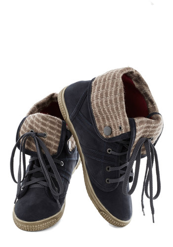 Run Alongside Sneaker - Low, Print, Knitted, Casual, Urban, Good, Lace Up, Blue, Tan / Cream, Solid, Fall, 90s