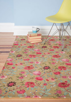 Floor-al Arrangement Rug in Beige - 4x6