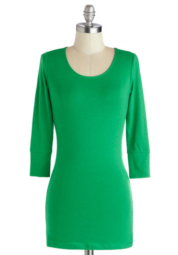 Today and Always Tee in Kelly Green - Green, Solid, 3/4 Sleeve, Good, Mid-length, Jersey, Knit, Casual, Minimal, Variation, Basic, Scoop, Green, 3/4 Sleeve