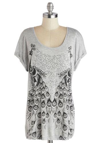 Come into Plumage Tee - Print with Animals, Mid-length, Jersey, Knit, Grey, Black, Rhinestones, Casual, Short Sleeves, Scoop, Grey, Short Sleeve