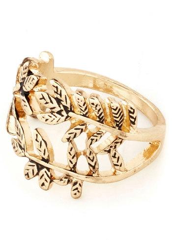 Laurel Luster Ring - Gold, Solid, Good, Fairytale