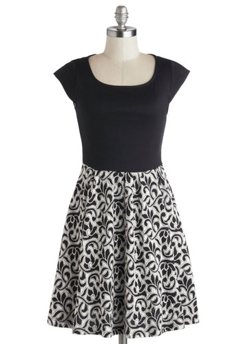 Colloquium Charmer Dress - Black, Print, Party, A-line, Cap Sleeves, Good, Scoop, Mid-length, Knit, White