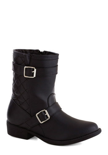 Edgy Enthusiast Boot - Black, Solid, Buckles, Quilted, Low, Faux Leather, Good, Military
