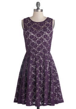 Topiary Artist Dress in Plum