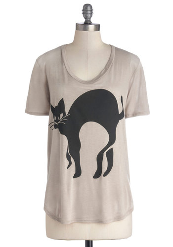 Gato Have It Tee - Tan, Print with Animals, Short Sleeves, Good, Mid-length, Cats, Exclusives, Scoop, Casual, Brown, Short Sleeve, Gifts Sale
