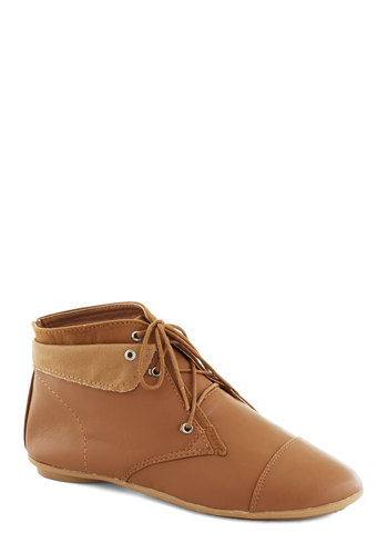 Above the Foldover Bootie in Chestnut - Flat, Faux Leather, Tan, Solid, Good, Lace Up
