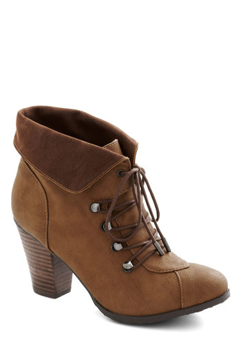Barks and Recreation Bootie - Mid, Faux Leather, Safari, Good, Lace Up, Chunky heel, Brown, Solid, Fall