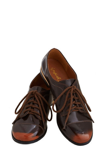 Intelligent Elegance Flat - Flat, Faux Leather, Brown, Tan / Cream, Menswear Inspired, Good, Lace Up, Fall