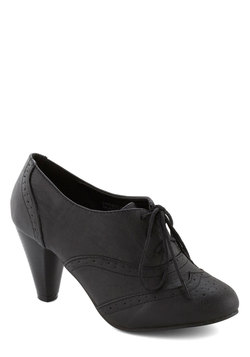 It's All Chic to Me Heel in Black