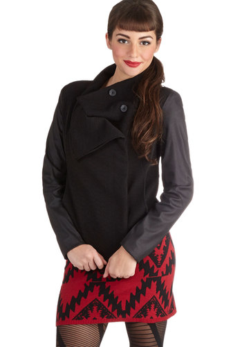 To the Lookout Point Jacket - Black, Solid, Long Sleeve, Good, Short, Faux Leather, Woven, 1, Buttons, Pockets, Fall, Black