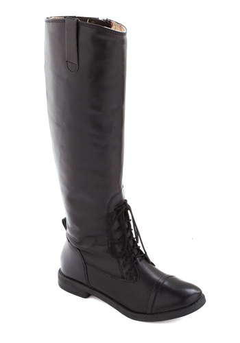 Equestrian and Answer Boot in Black - Black, Low, Lace Up, Best, Leather, Fall, Variation