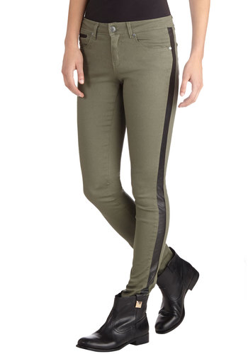 After the Hike Pants - Green, Black, Pockets, Military, Skinny, Good, Urban, Low-Rise, Full length, Green, Non-Denim