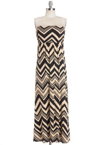 At the Point Dress - Knit, Tan / Cream, Black, Chevron, Casual, Maxi, Strapless, Good, Long