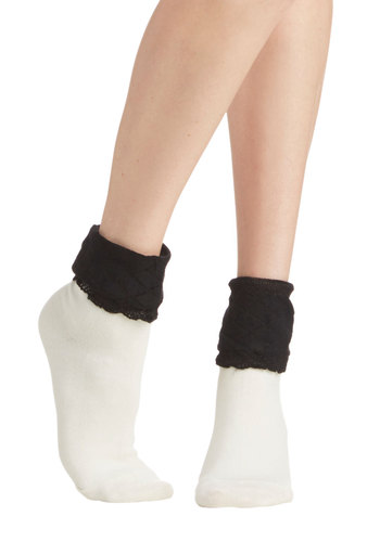 Tone to Toe Socks - Knit, White, Black, Solid, Good, Lace, Ruffles