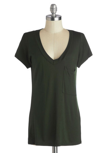 Simply Styled Top in Olive - Green, Solid, Pockets, Casual, Short Sleeves, Good, Mid-length, Jersey, Knit, Variation, Basic, Green, Short Sleeve