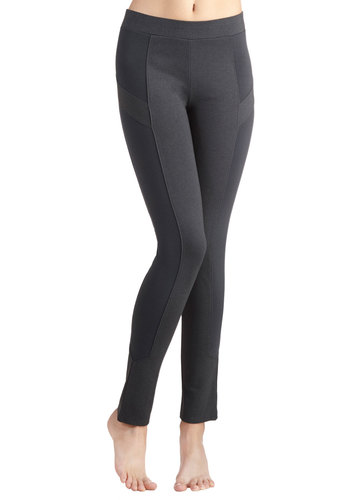 Trek and See Leggings in Grey - Knit, Grey, Solid, 90s, Good, Vintage Inspired, Skinny, Variation, Mid-Rise, Ankle, Grey