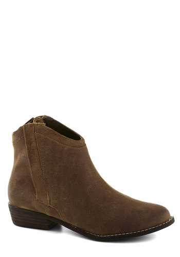 Kansas Pretty Bootie by Dolce Vita - Low, Leather, Solid, Better, Brown
