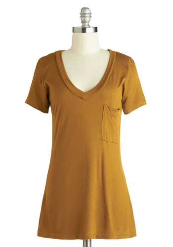 Simply Styled Top in Gold - Gold, Solid, Pockets, Casual, Short Sleeves, Good, Mid-length, Jersey, Knit, Variation, Basic, Yellow, Short Sleeve